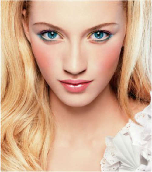 Пошагово макияж голубых глаз