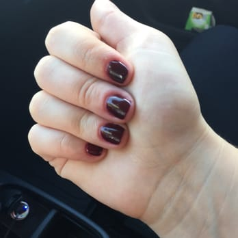 Oooh la la nails
