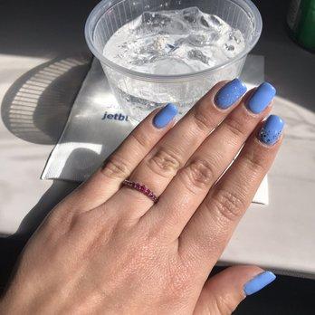 Bella vie nails