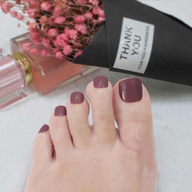 Acrylic feet nails