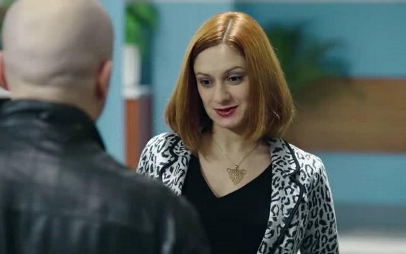 Актриса театра мишулина карина