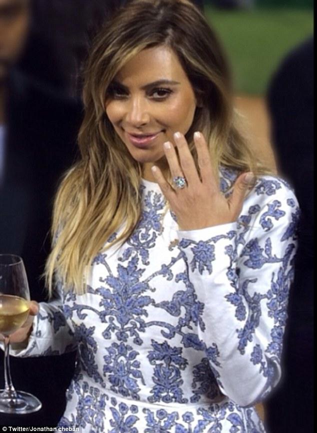 Kim kardashian eng ring