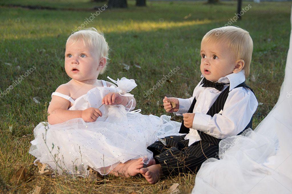 Невеста и жених дети