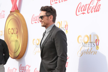 James Franco GOLD MEETS GOLDEN: The 5th Anniversary Refreshed by Coca-Cola, Globes Weekend Gets Sporty with Athletic Royalty