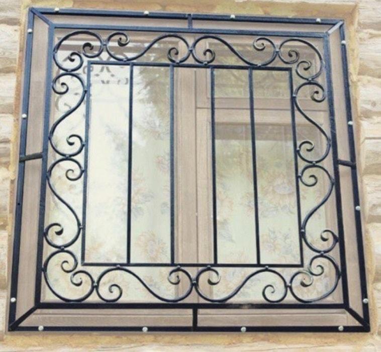 Выбор профиля для установки металлических решеток на окна