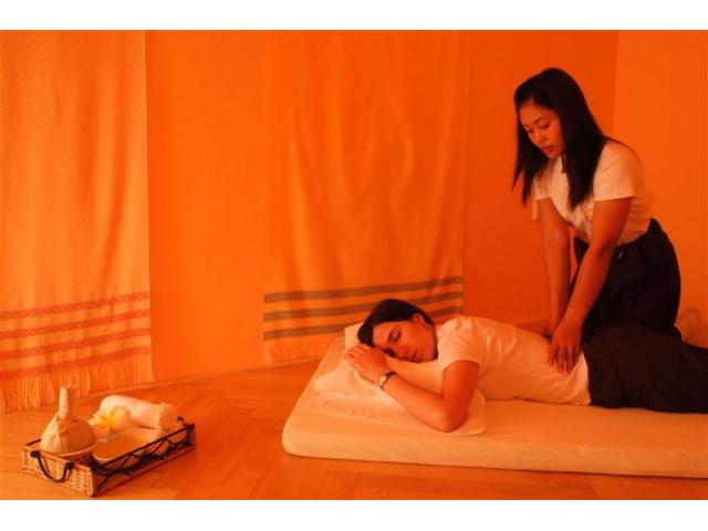 Body Massage in Saket