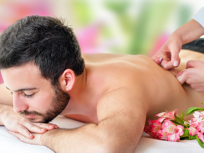 Full Female to Male Body Massage