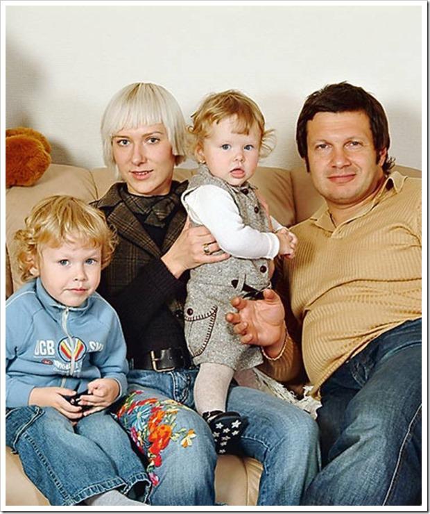 Владимир Рудольфович с семьей