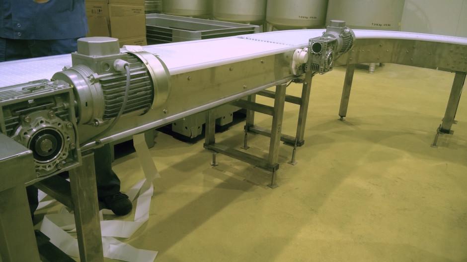фото конвейер из нержавеющей стали