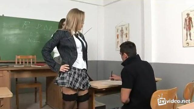 Секс днем видео
