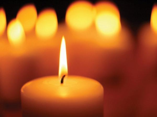 Как церковной свечой очистить дом
