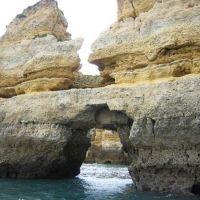 Excursión en barca por las grutas de Lagos