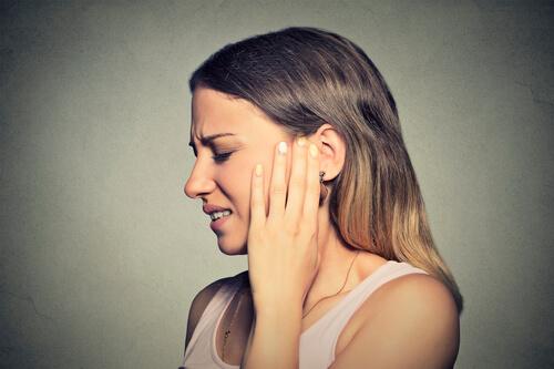 Дзвін і шум у вухах