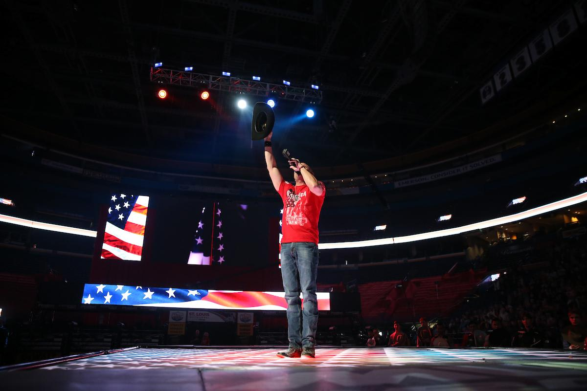 Ryan Weaver sings the National Anthem during the opening of the first round in St. Louis. Photo by Andy Watson