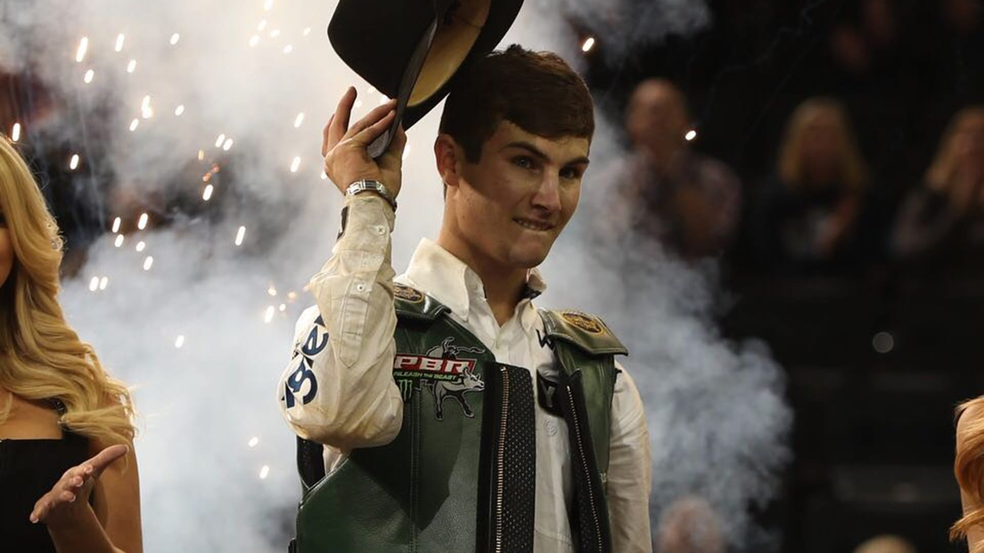 2017 PBR World Champion Lockwood wins Monster Energy Buck Off at The Garden