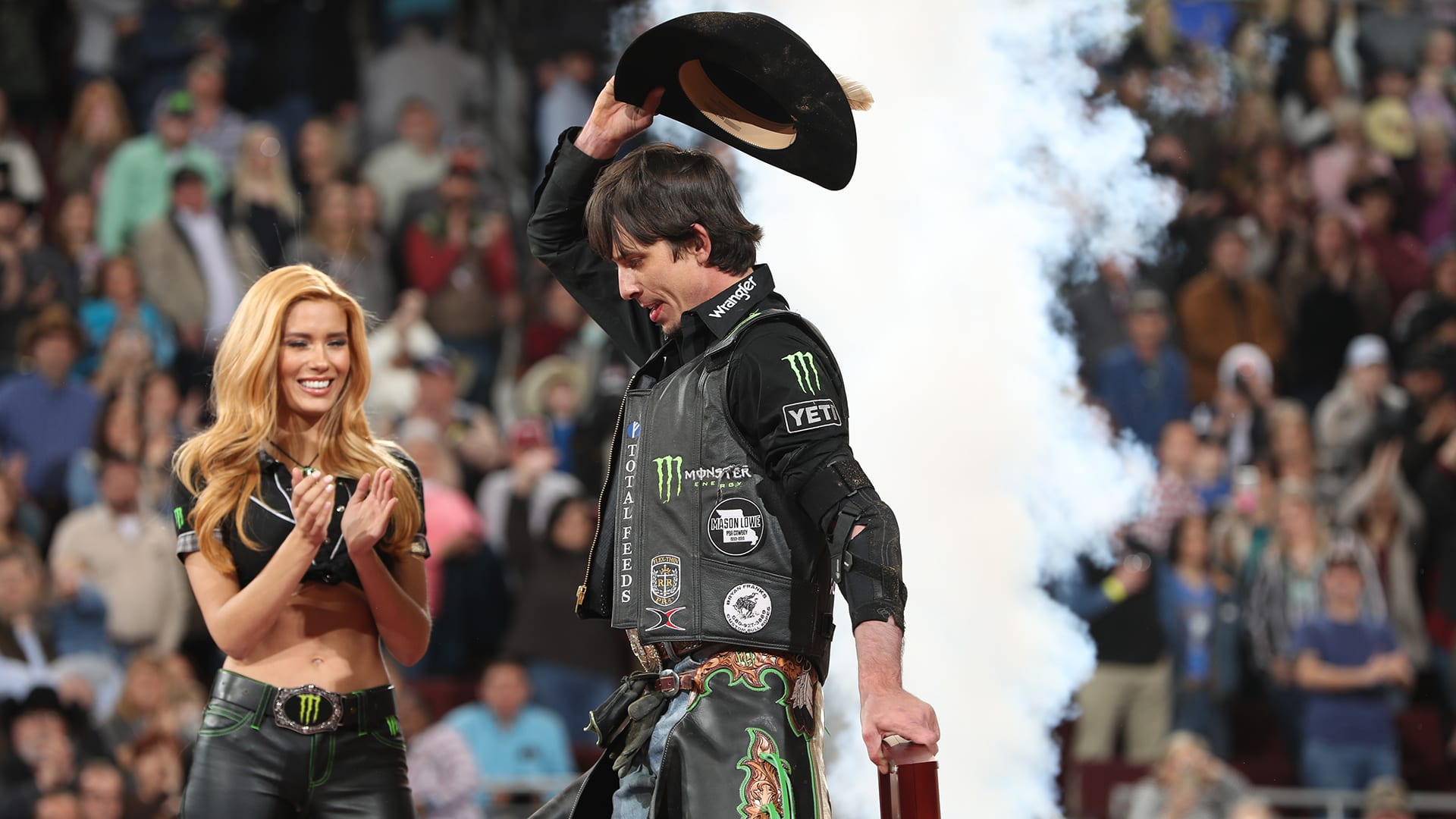 Mauney continues to overcome injuries in pursuit of history