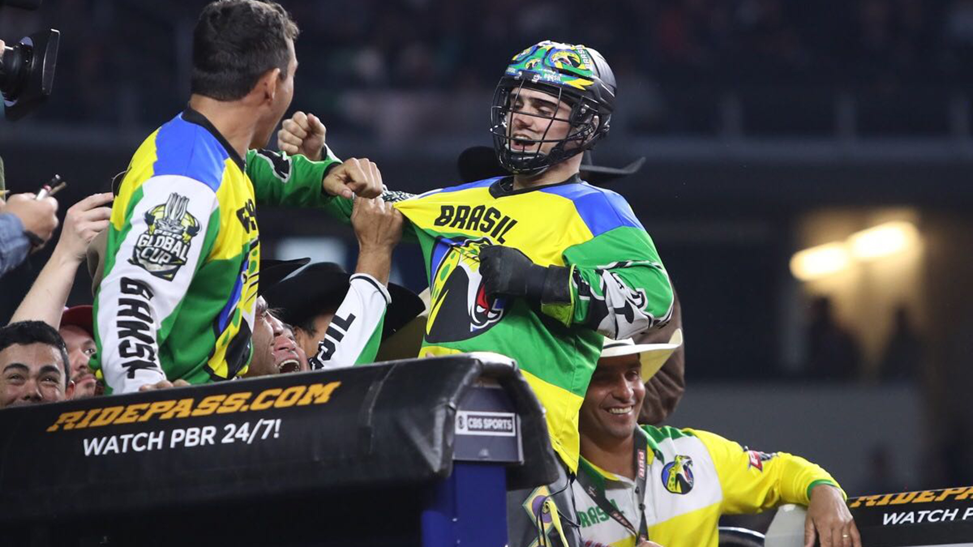 Team Brazil leads PBR Global Cup USA after first night