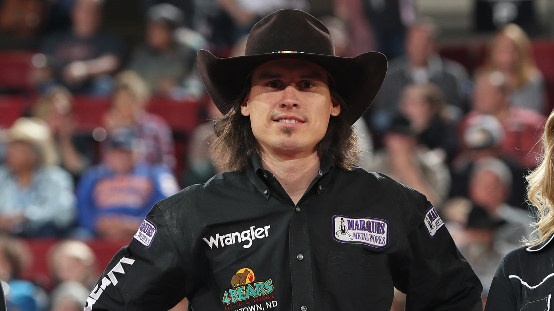 Lawrence earns round win in Billings, moves into Top 20 of world standings