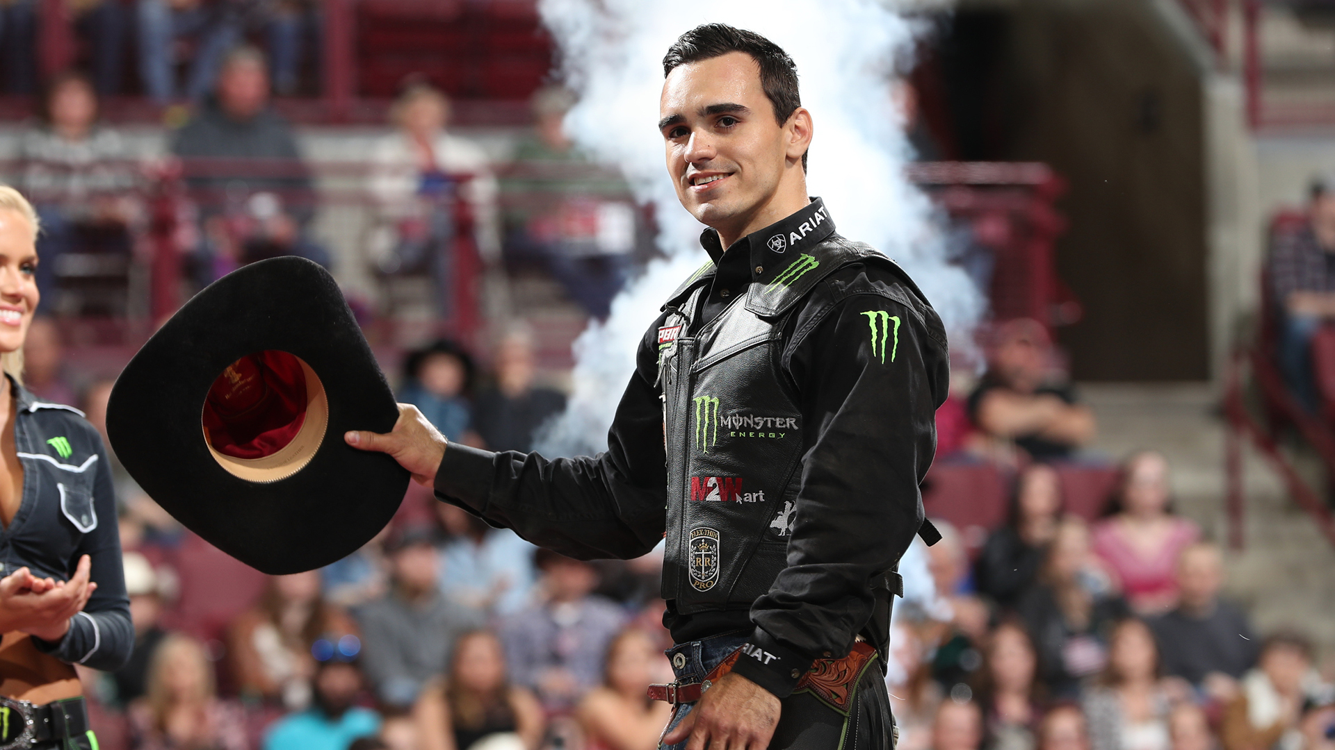 Leme extends lead atop world rankings with 15/15 Bucking Battle win in Columbus