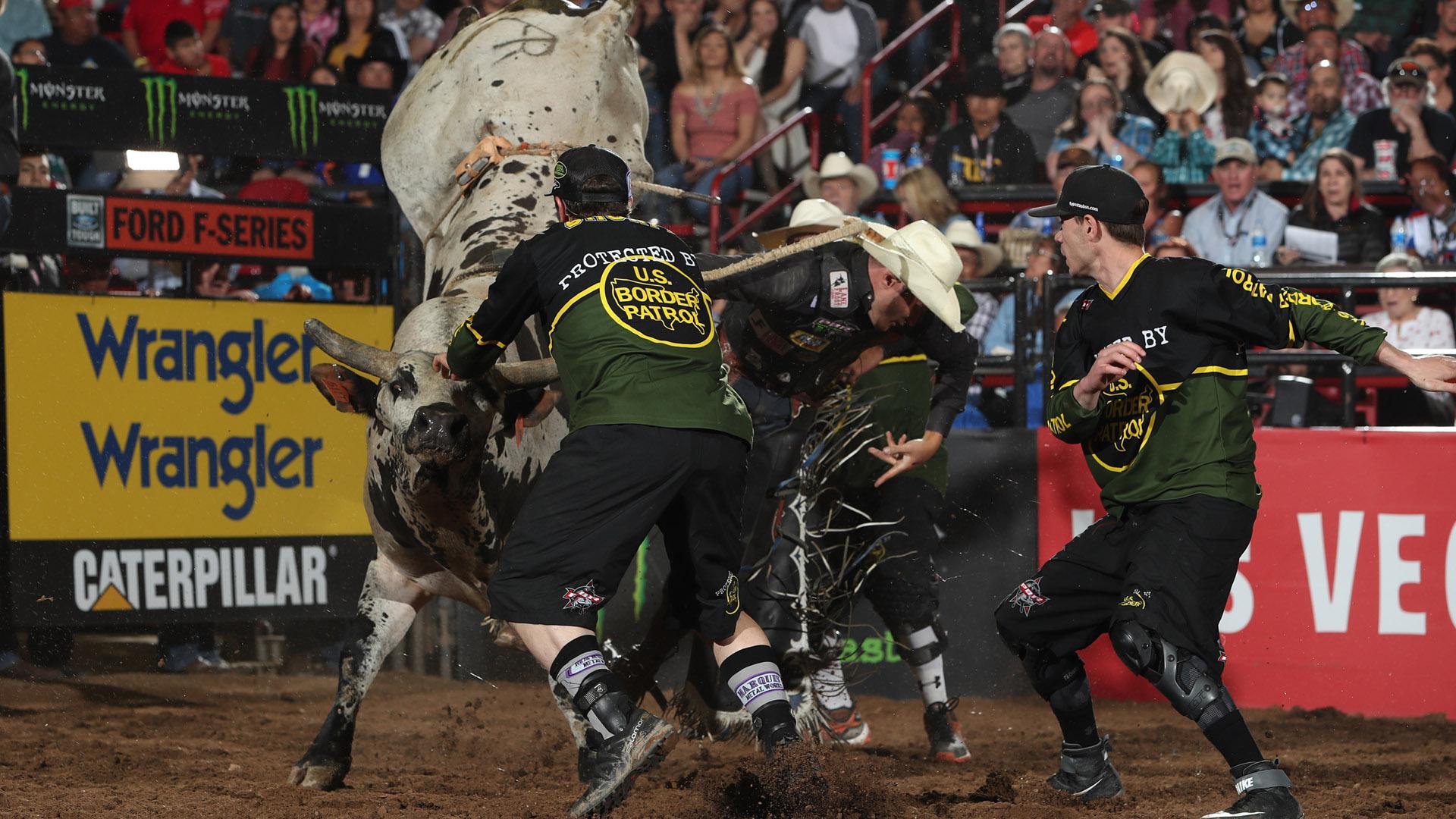 Albuquerque injuries: Toves sustains concussion during championship round