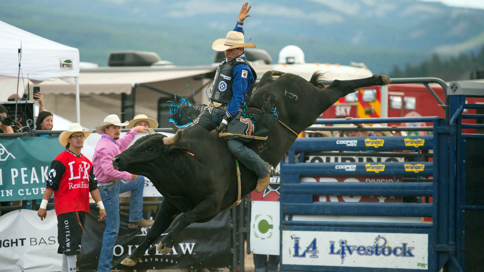 Vieira leading Big Sky through two rounds; Outlaw doing well, but out of competition