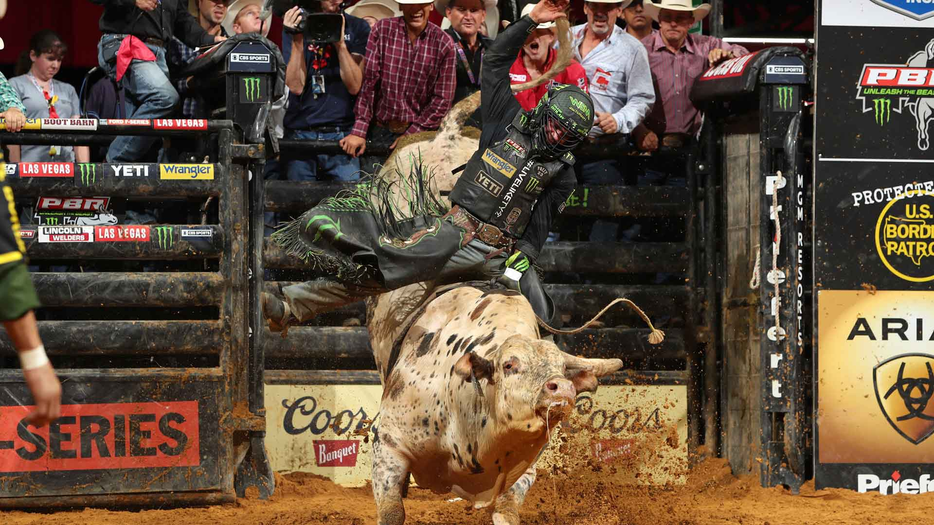 Outlaw ends historic night of 15/15 Bucking Battle action with gold buckle guts