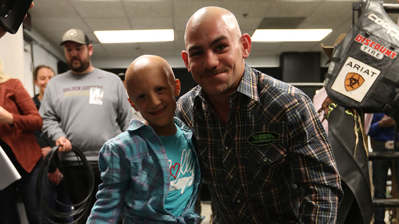 9-year-old Molly Steffl shares inspirational story, Outlaw shaves his head in show of support