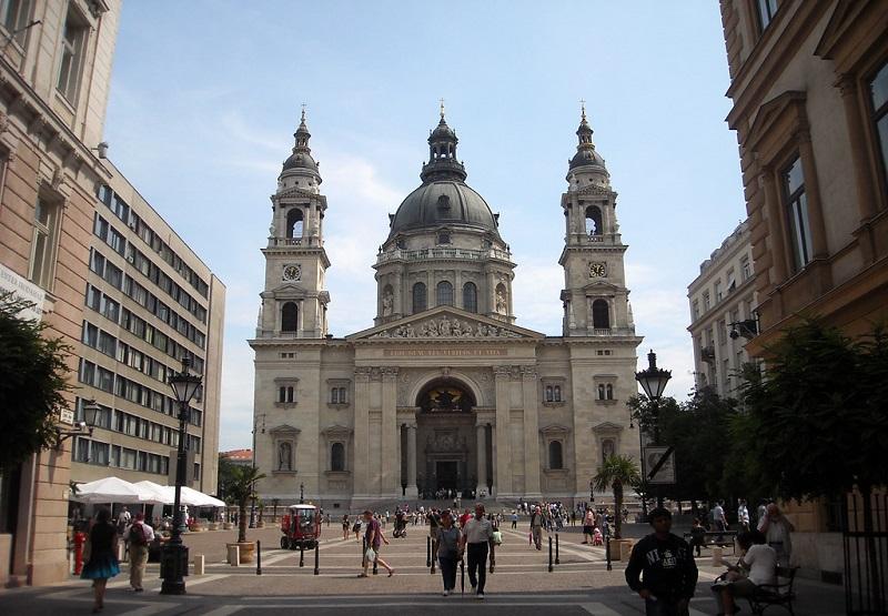 bazilika-svjatogo-ishtvana