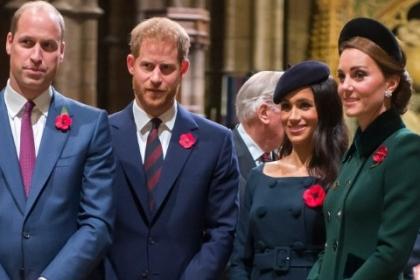 Самые яркие моменты из жизни королевской семьи за уходящий год: видео