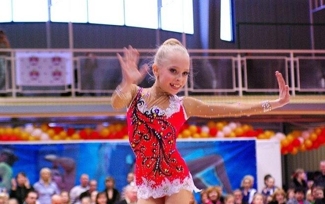 Яна Кудрявцева в детстве