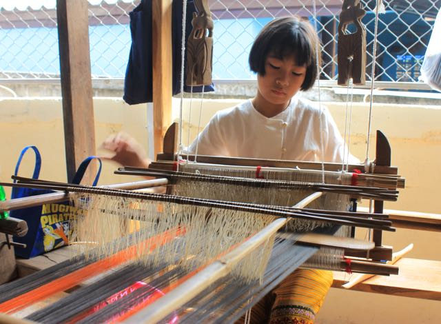Thai Weaving