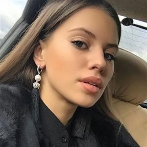 Александра Артемова - фото из Инстаграм