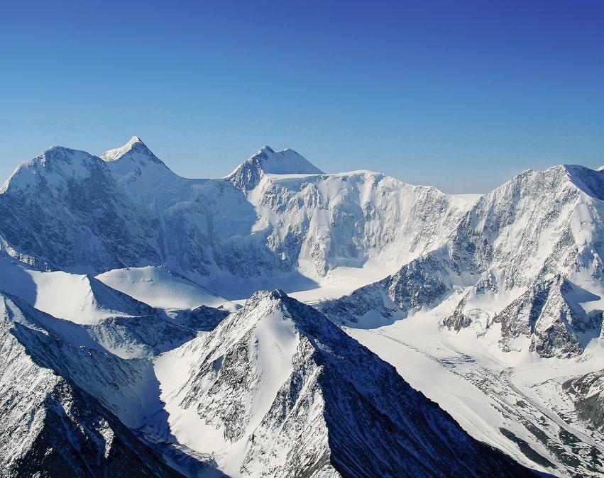 Гора Белуха с высоты