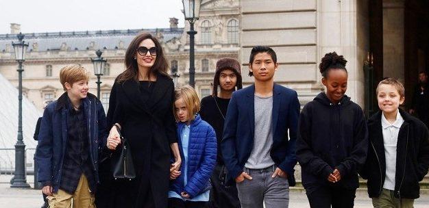 Анджелина джоли новости дети