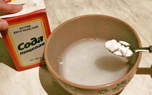 Раствор из соды для устранения кошачьего запаха