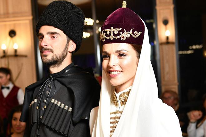 Сати казанова и ее муж фото артур шачнев фото