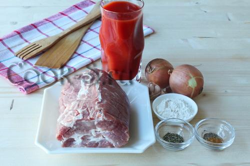 Мясо в томатном соусе на сковороде