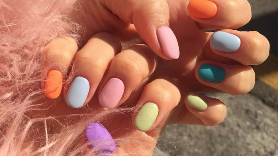 Nails colors for spring 2015