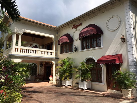 Rayon hotel in negril jamaica