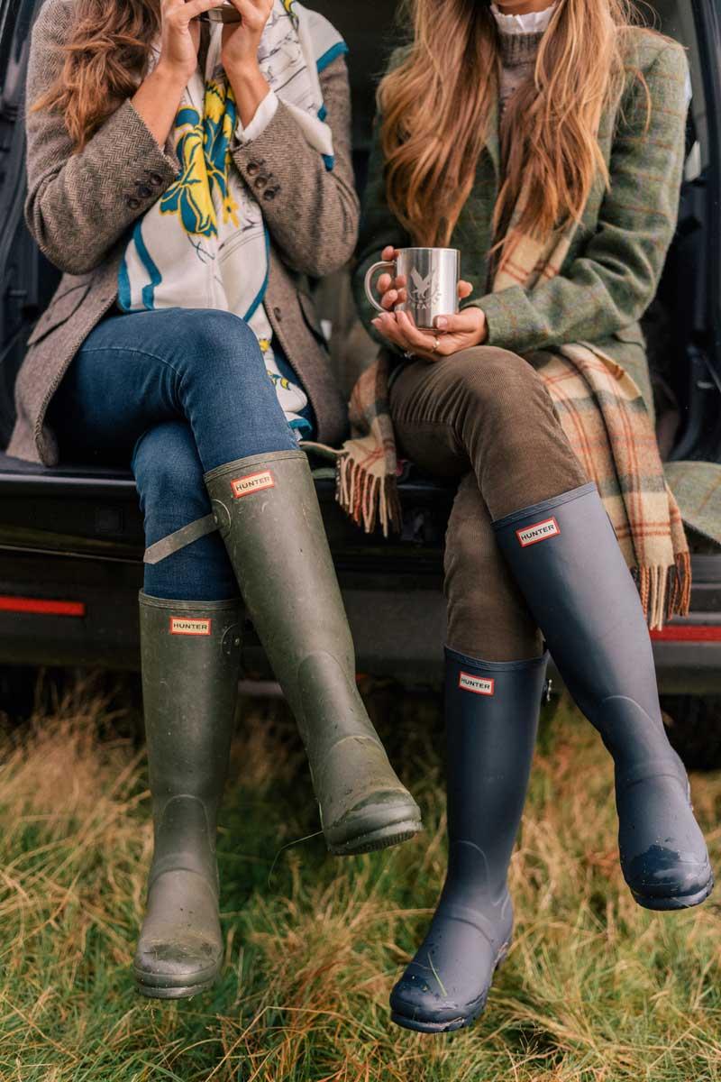 Celebrities wearing short hunter boots