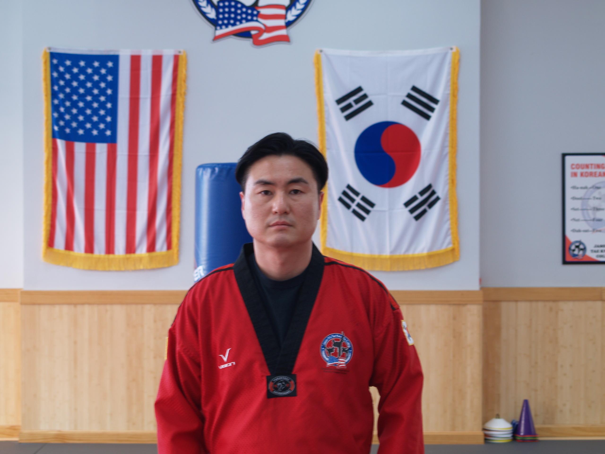 Mr Kang