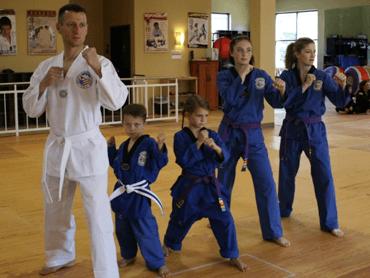 Adults and Family Taekwondo