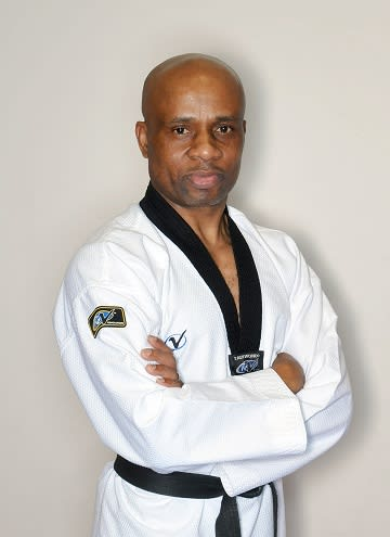 Master Lanre Lawanson in Chicago - Chang's Martial Arts Academy
