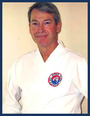 Master Tom Hensby in Richmond - Dong's Karate