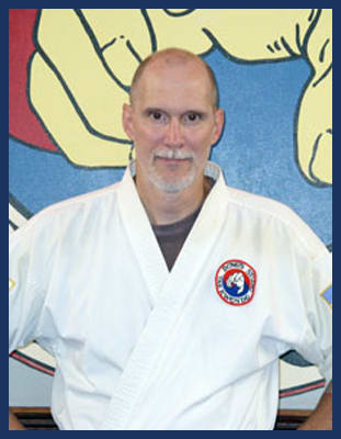 Master Mark Wood in Richmond - Dong's Karate