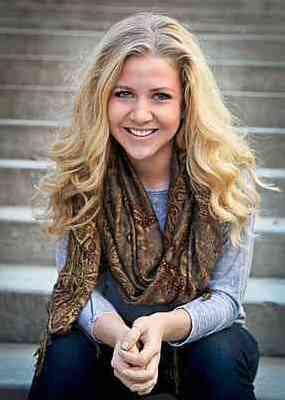Dr. Anna Folckomer  in New York - Catalyst SPORT