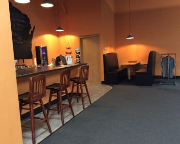 Barbenders Cafe in Appleton - Premier Fitness Of Appleton LLC