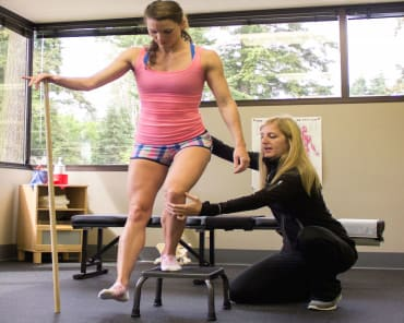 Functional Rehabilitation in Edmonds - Head 2 Toe Spine & Sports Therapy