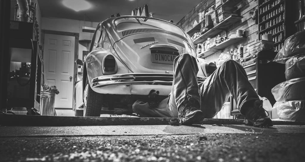 Regelmäßige Applikationswartung vermeidet technische Schulden und hohe Kosten von vermeidbaren Fehlern im produktiven Betrieb