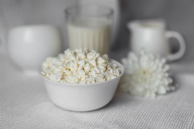 Домашний творог из прокисшего молока